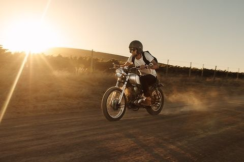 artikelbild-faq-so-finden-sie-die-richtige-versicherung-fuer-ihr-motorrad.jpg